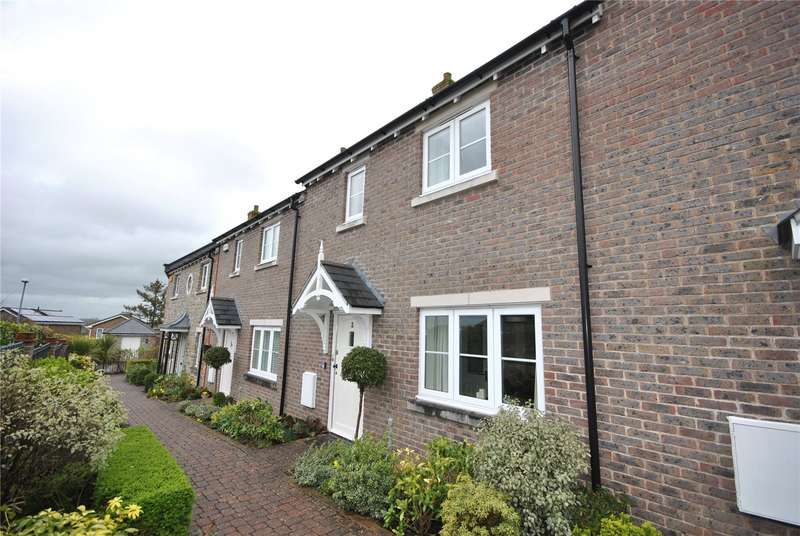 3 Bedrooms Terraced House for sale in Stapleford Court, Stalbridge, Sturminster Newton, DT10