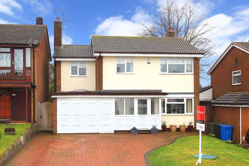 4 Bedrooms Detached House for sale in BISHOPS WOOD, White Oak Drive