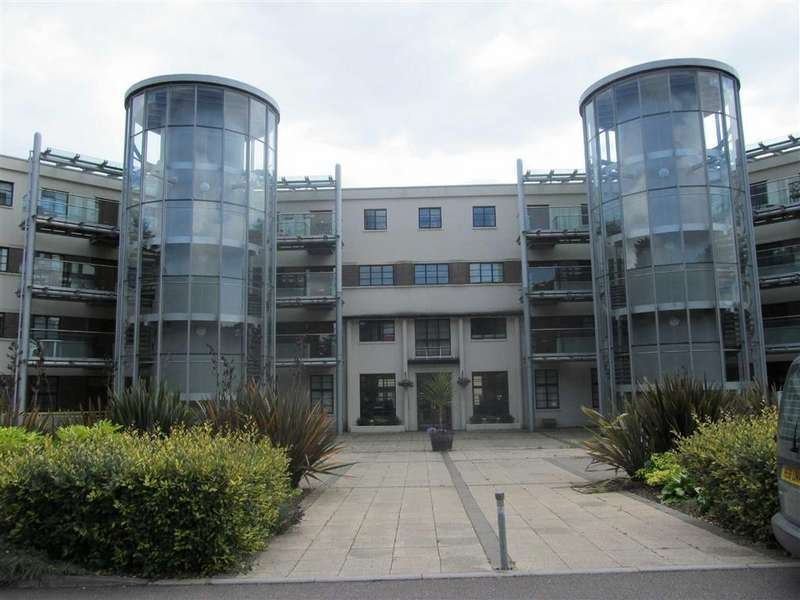 2 Bedrooms Flat for sale in The Woodlands, Sully, Vale Of Glamorgan