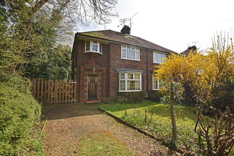 3 Bedrooms Semi Detached House for sale in Marshall Road, RAINHAM, ME8