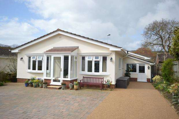 3 Bedrooms Detached Bungalow for sale in St Martins Close, Sidmouth, Devon
