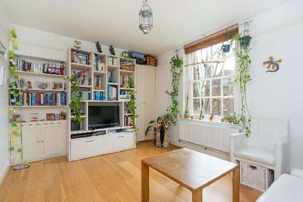 3 Bedrooms Flat for sale in Croftdown Road, Dartmouth Park, NW5