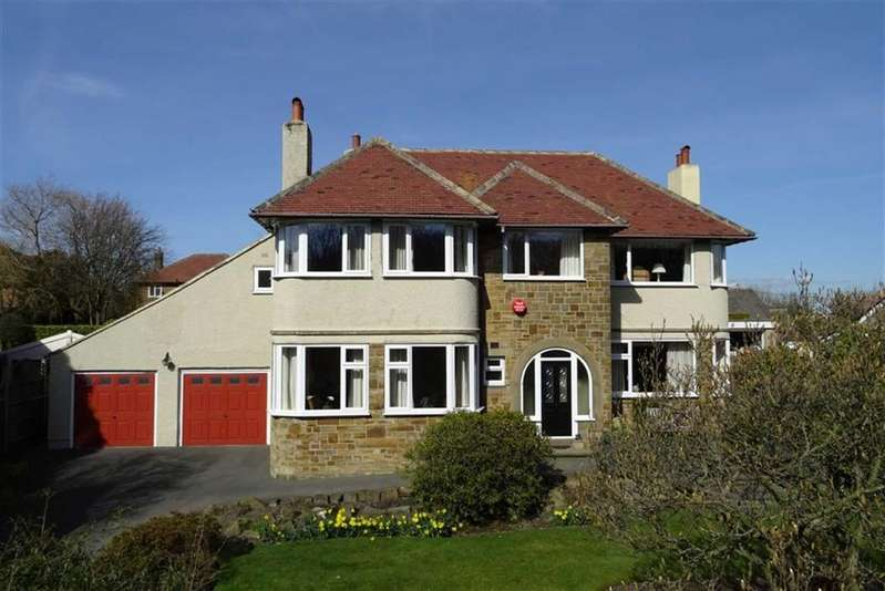 4 Bedrooms Detached House for sale in Fixby Road, Fixby, Huddersfield, HD2