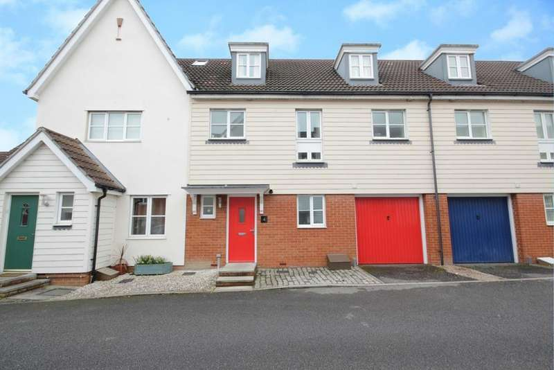 4 Bedrooms Town House for sale in Greenwood Close, Chelmsford, Essex, CM2