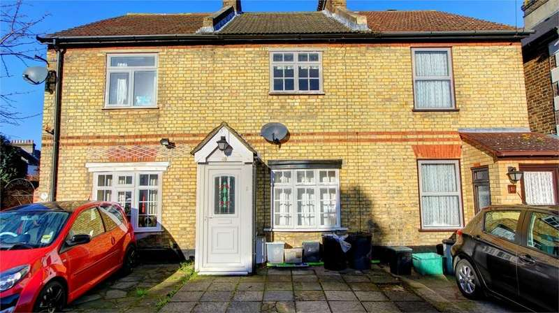 3 Bedrooms Terraced House for sale in Walpole Road, Bromley, Kent