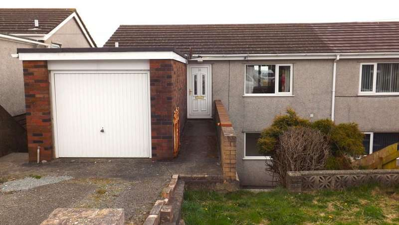 3 Bedrooms Semi Detached House for sale in Awelfryn, Amlwch