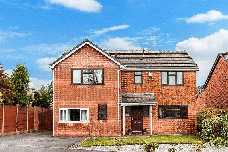 4 Bedrooms Detached House for sale in Hertford Close, Congleton