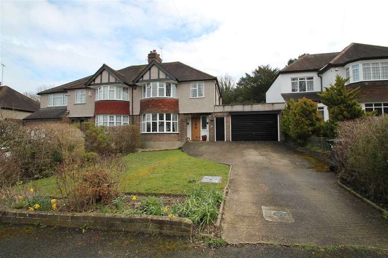 4 Bedrooms Semi Detached House for sale in Byron Avenue