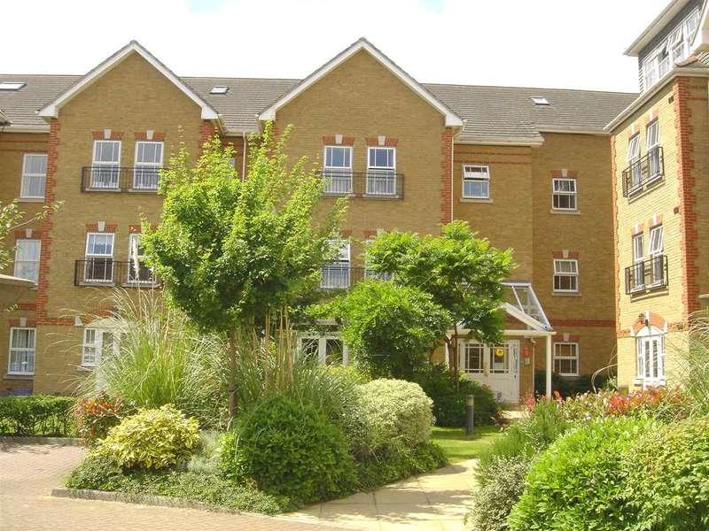1 Bedroom Apartment Flat for sale in Draper Close, Isleworth