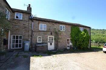 3 Bedrooms Semi Detached House for sale in Barn Two, Tower Hill, Rainow, Cheshire SK10 5TX