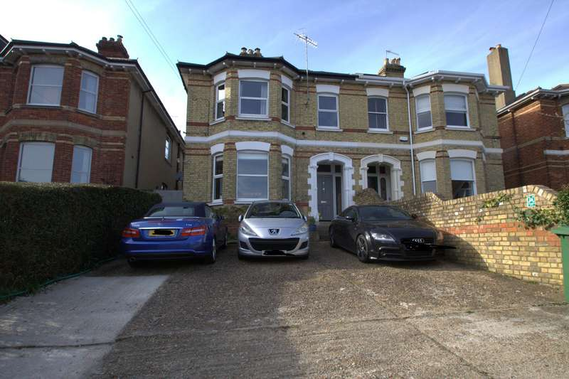 Property for sale in Woodbury Park Road TN4