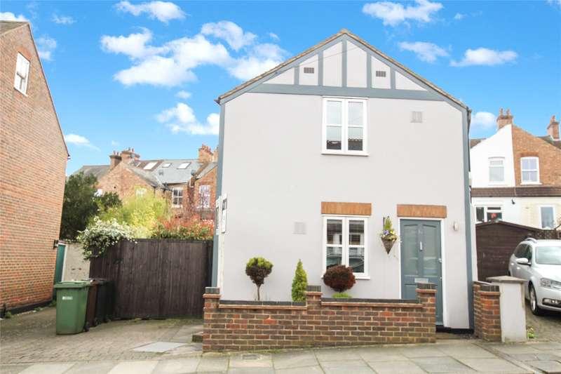 2 Bedrooms Detached House for sale in Dalton Street, St. Albans, Hertfordshire, AL3