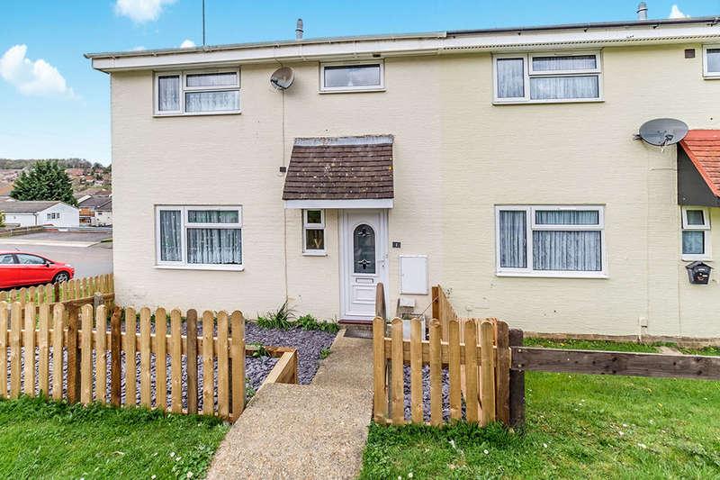 3 Bedrooms Property for sale in Shackleton Close, Walderslade, Chatham, ME5