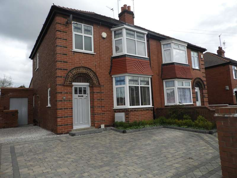 3 Bedrooms Semi Detached House for sale in Zetland Road, Doncaster, DN2