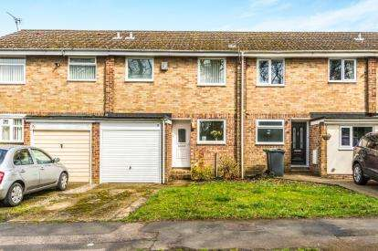 2 Bedrooms Terraced House for sale in Waterlooville, Hampshire, Uk