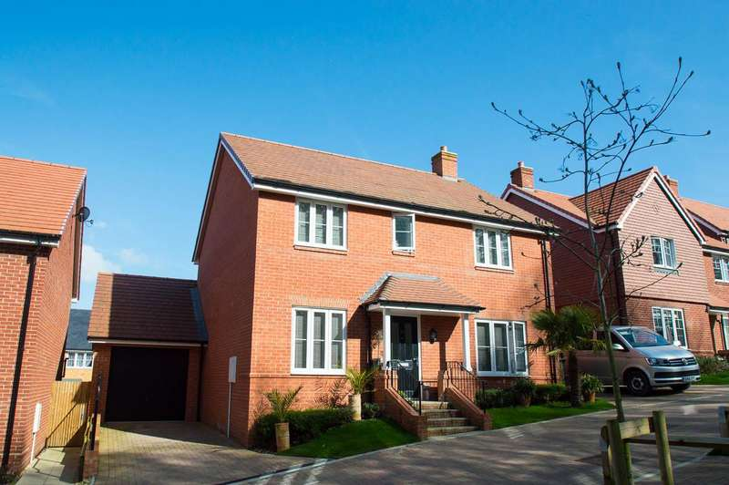 4 Bedrooms Detached House for sale in Lessing Lane, Stone Cross