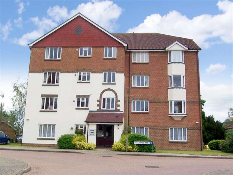 2 Bedrooms Flat for sale in Stuart Court, St Annes Rise, Redhill, RH1 1AE
