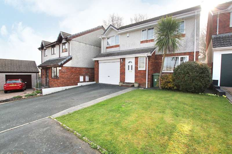 4 Bedrooms Detached House for sale in Hooe, Plymstock
