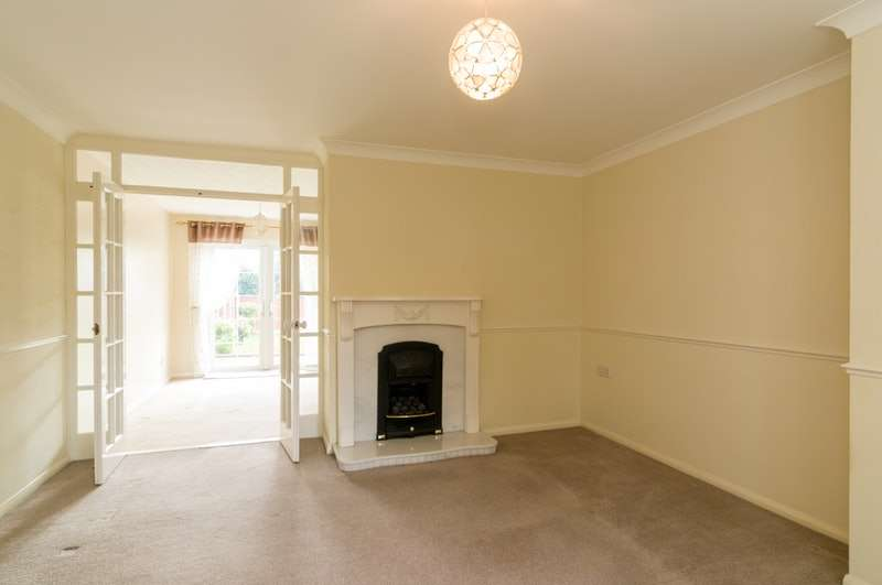3 Bedrooms Link Detached House for sale in Wheatley Close, Mansfield, Nottinghamshire, NG19