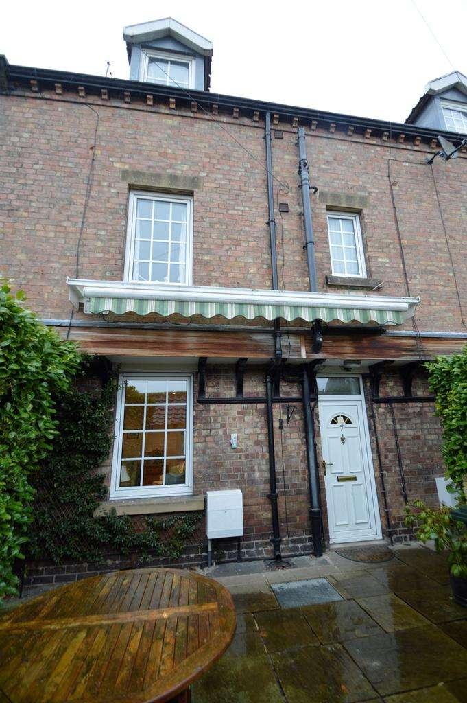 3 Bedrooms Terraced House for sale in Clothes Prop Alley, Bridge Street, Bridge Street, Helmsley YO62