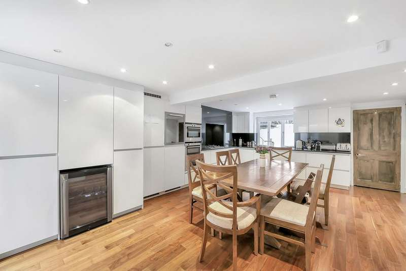 3 Bedrooms Terraced House for sale in Hamilton Park, N5 1SH