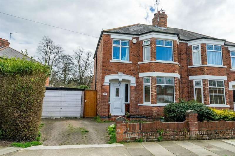 3 Bedrooms Semi Detached House for sale in Lilac Avenue, Hull Road, YORK