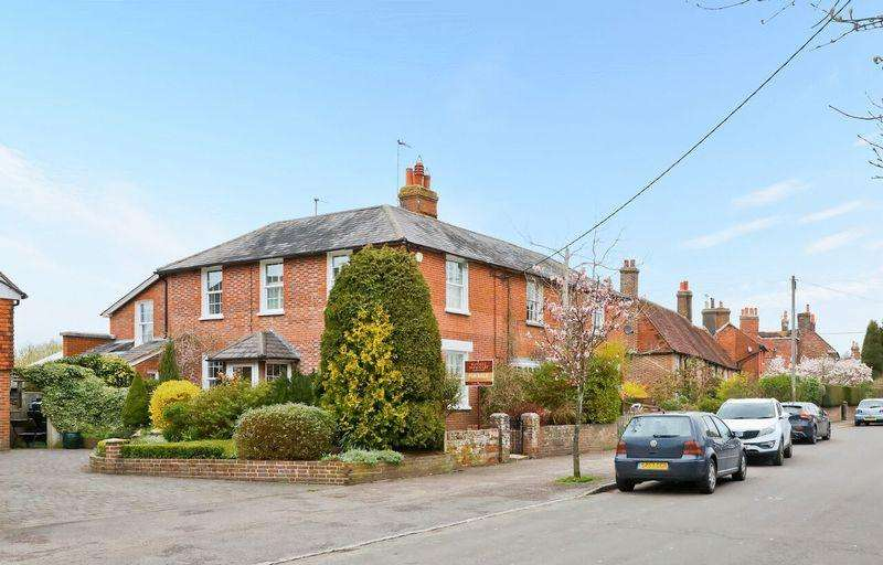 3 Bedrooms House for sale in High Street, East Hoathly, East Sussex