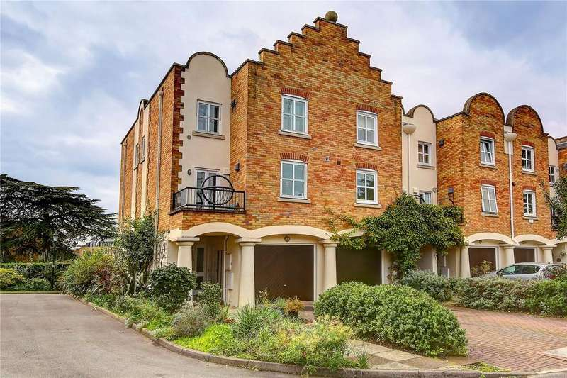 4 Bedrooms End Of Terrace House for sale in Herons Place, Isleworth, TW7
