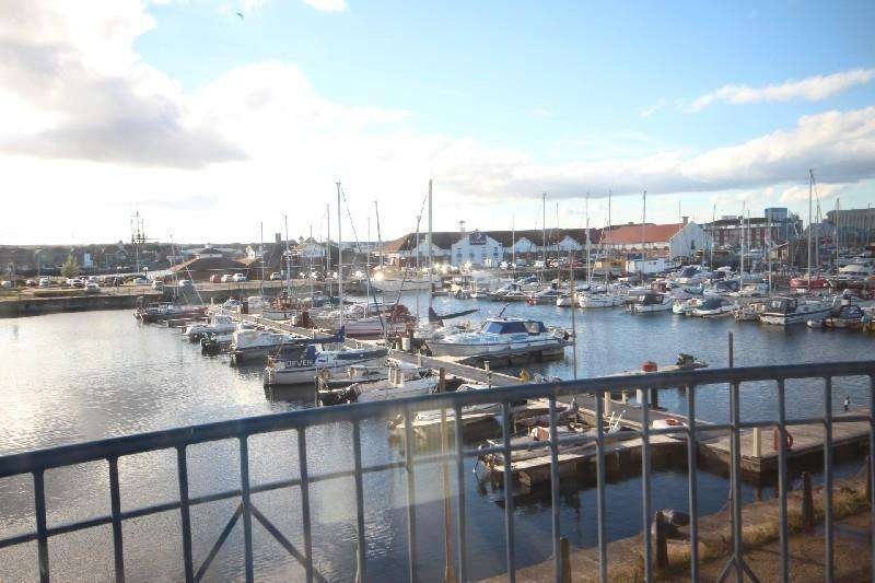 2 Bedrooms Apartment Flat for sale in Mayflower House, Marina, Hartlepool