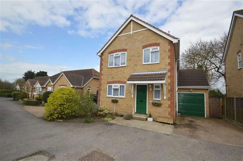 3 Bedrooms Detached House for sale in Stanley Road, Ashingdon, Essex