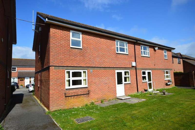 2 Bedrooms Apartment Flat for sale in Floriston Gardens, Ashley, New Milton