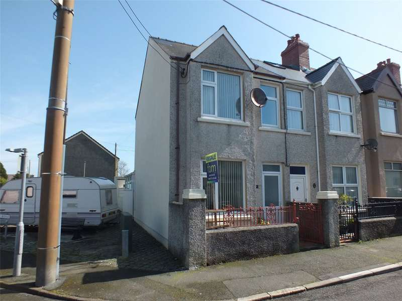 3 Bedrooms End Of Terrace House for sale in Shakespeare Avenue, Milford Haven, Pembrokeshire