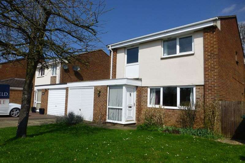 3 Bedrooms Property for sale in Browning Drive, Bicester