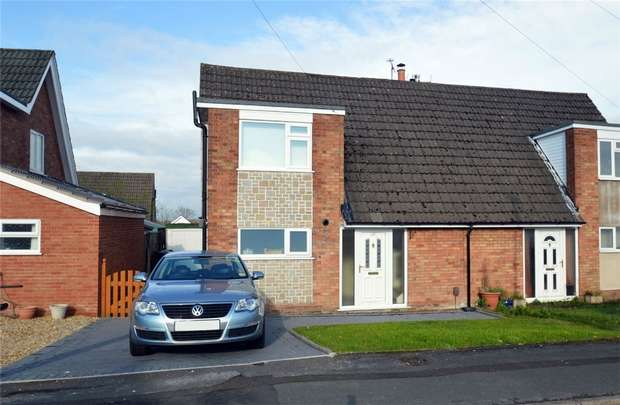 3 Bedrooms Semi Detached House for sale in Cedarway, Bollington, Macclesfield, Cheshire