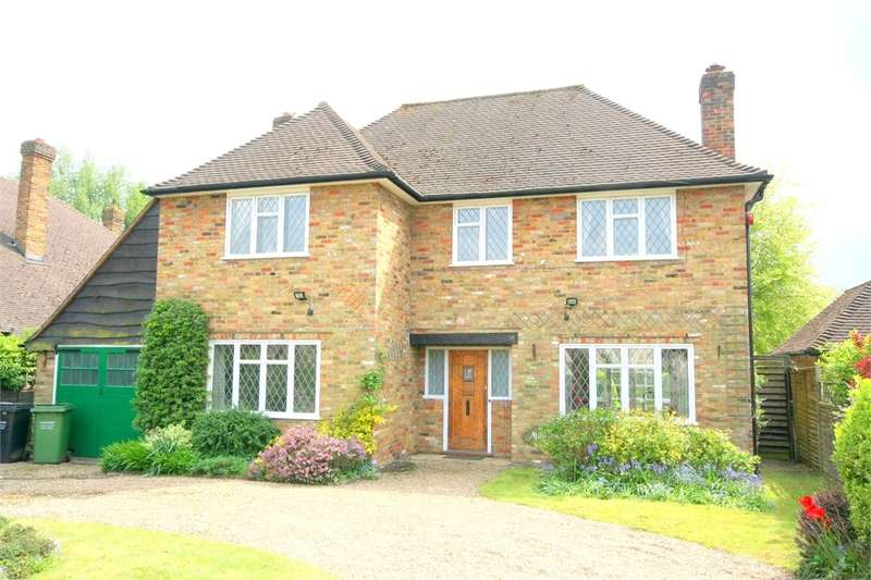 3 Bedrooms Detached House for sale in Copthall Lane, Chalfont St Peter, Buckinghamshire
