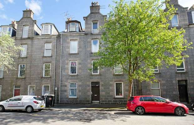 1 Bedroom Flat for sale in Northfield Place, Rosemount, Aberdeen
