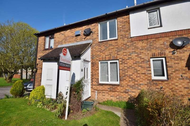 2 Bedrooms Terraced House for sale in Loddon Vale, Basingstoke, RG22
