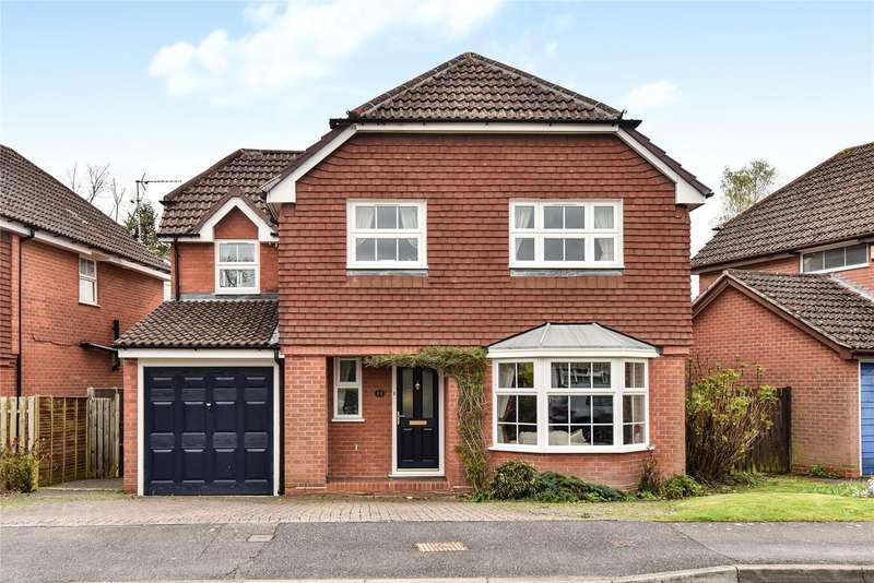 4 Bedrooms Detached House for sale in Constable Way, College Town, Sandhurst, Berkshire, GU47