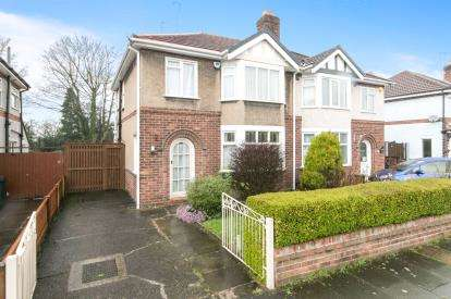 3 Bedrooms Semi Detached House for sale in Park Drive, Hoole, Chester, Cheshire, CH2