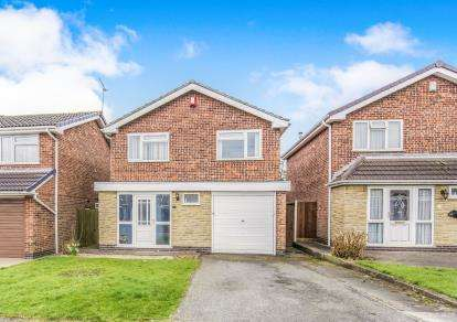 4 Bedrooms Detached House for sale in Shottens Close, Leicester, Leicestershire
