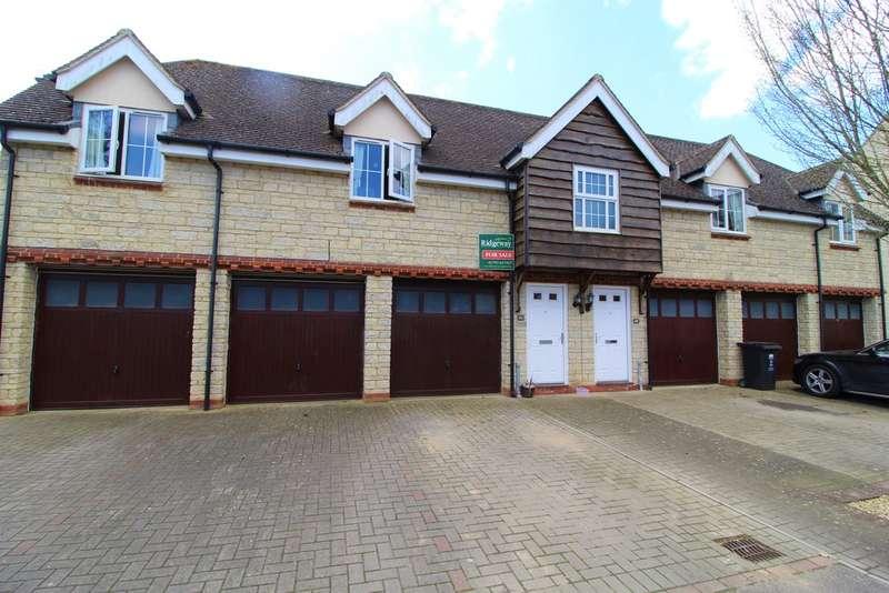 2 Bedrooms House for sale in Deneb Drive, Oakhurst