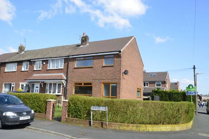 3 Bedrooms Semi Detached House for sale in Leven Close, Kearsley, Bolton, BL4