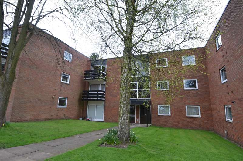 1 Bedroom Flat for sale in Wake Green Park, Moseley, Birmingham, B13