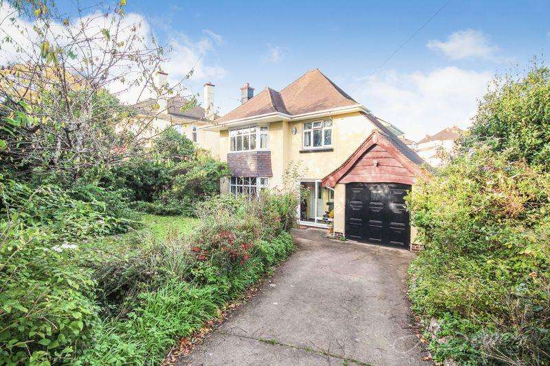 3 Bedrooms Detached House for sale in Shiphay Lane, Torquay
