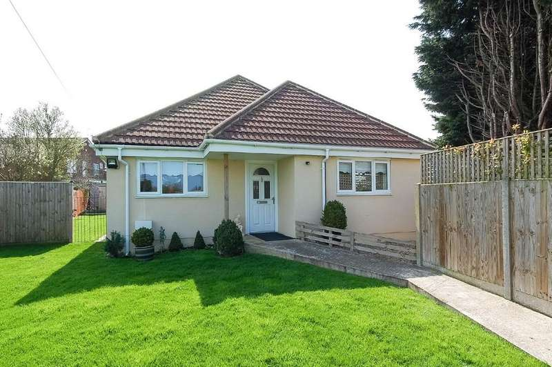 3 Bedrooms Detached Bungalow for sale in May Street, Hillborough