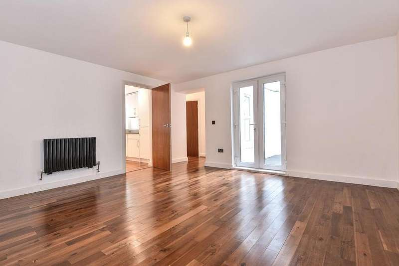 3 Bedrooms Flat for sale in Waldegrave Road, Crystal Palace