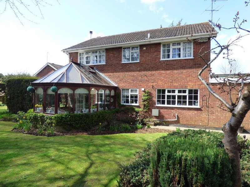 4 Bedrooms Detached House for sale in Grosvenor Road, Frampton