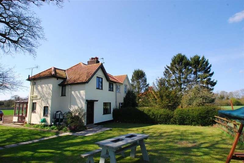 2 Bedrooms Semi Detached House for sale in Church Hill, Pakenham, Bury St. Edmunds