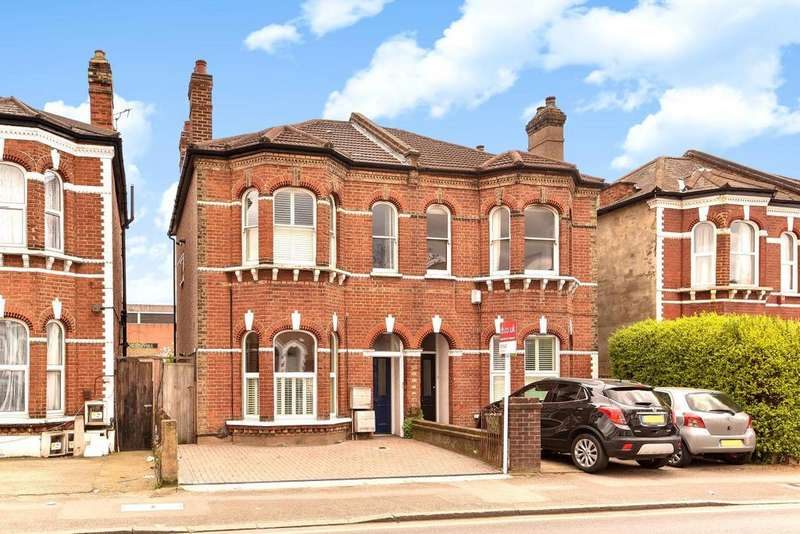 2 Bedrooms Flat for sale in Alexandra Road, Wimbledon