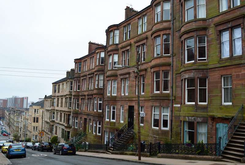 2 Bedrooms Flat for sale in Gardner Street, Glasgow G11